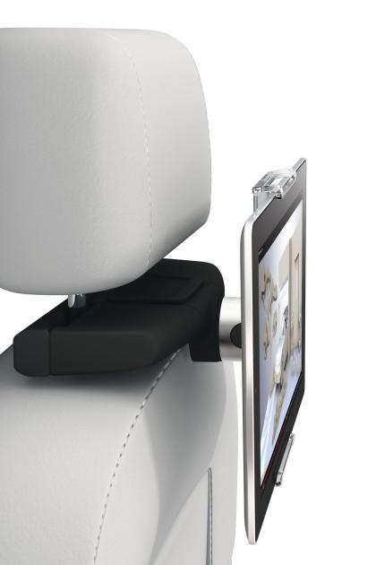 Mit dem passenden Zubehör wird aus dem Tablet ein vollwertiges Entertainmentsystem für den Rücksitz im Auto.