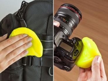 Die patentierte Reinigungsmasse absorbiert rückstandlos tiefsitzenden Staub und eliminiert Keime von Kameragehäuse und Zubehör. Auch Kamerataschen können damit gereinigt werden. Foto: djd/Cyber Clean